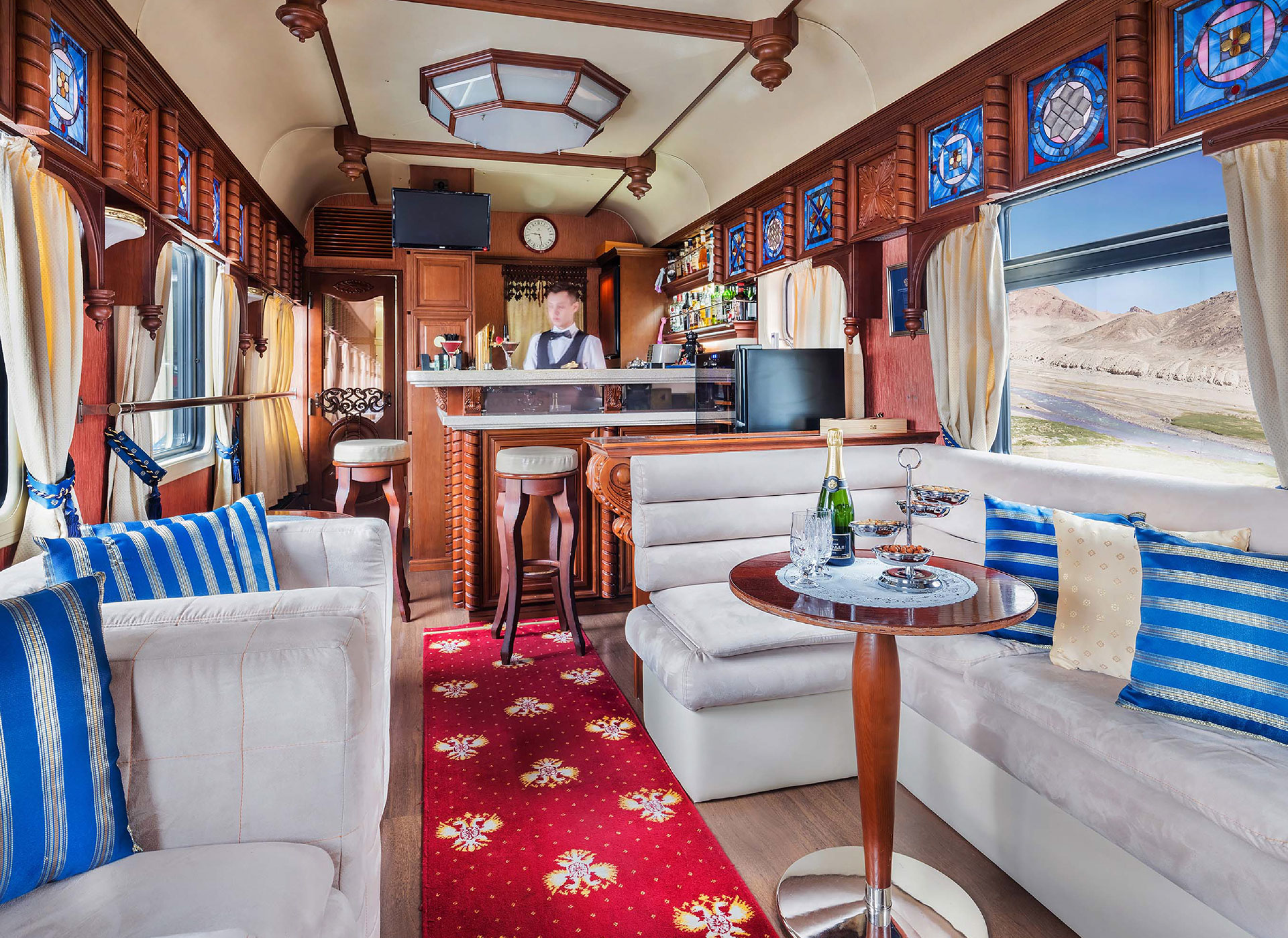 Luxury CARRIAGES
