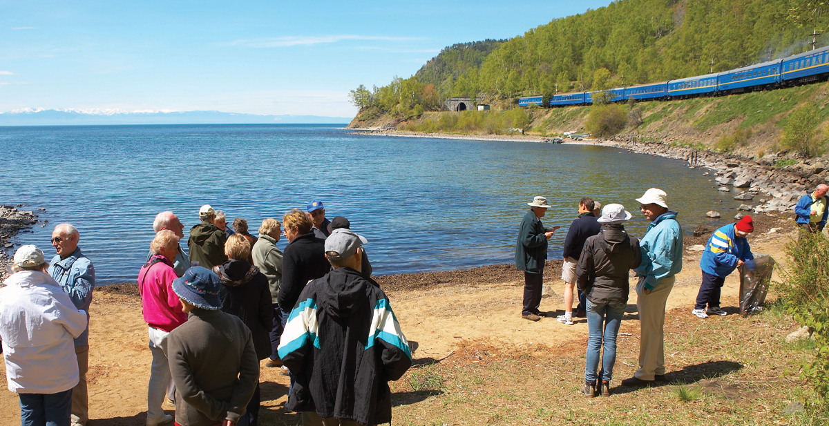 A picnic for tourists on the shore of the Baikal Lake