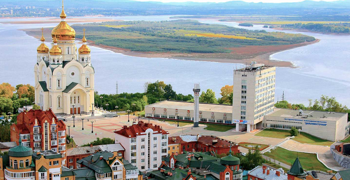 The view over the Amur River in Khabarovsk
